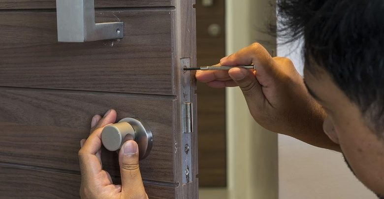 Why Do You Need to Hire the Locksmith Service Now?