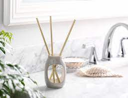 Reed Diffusers: What You Need to Know Before Using Them